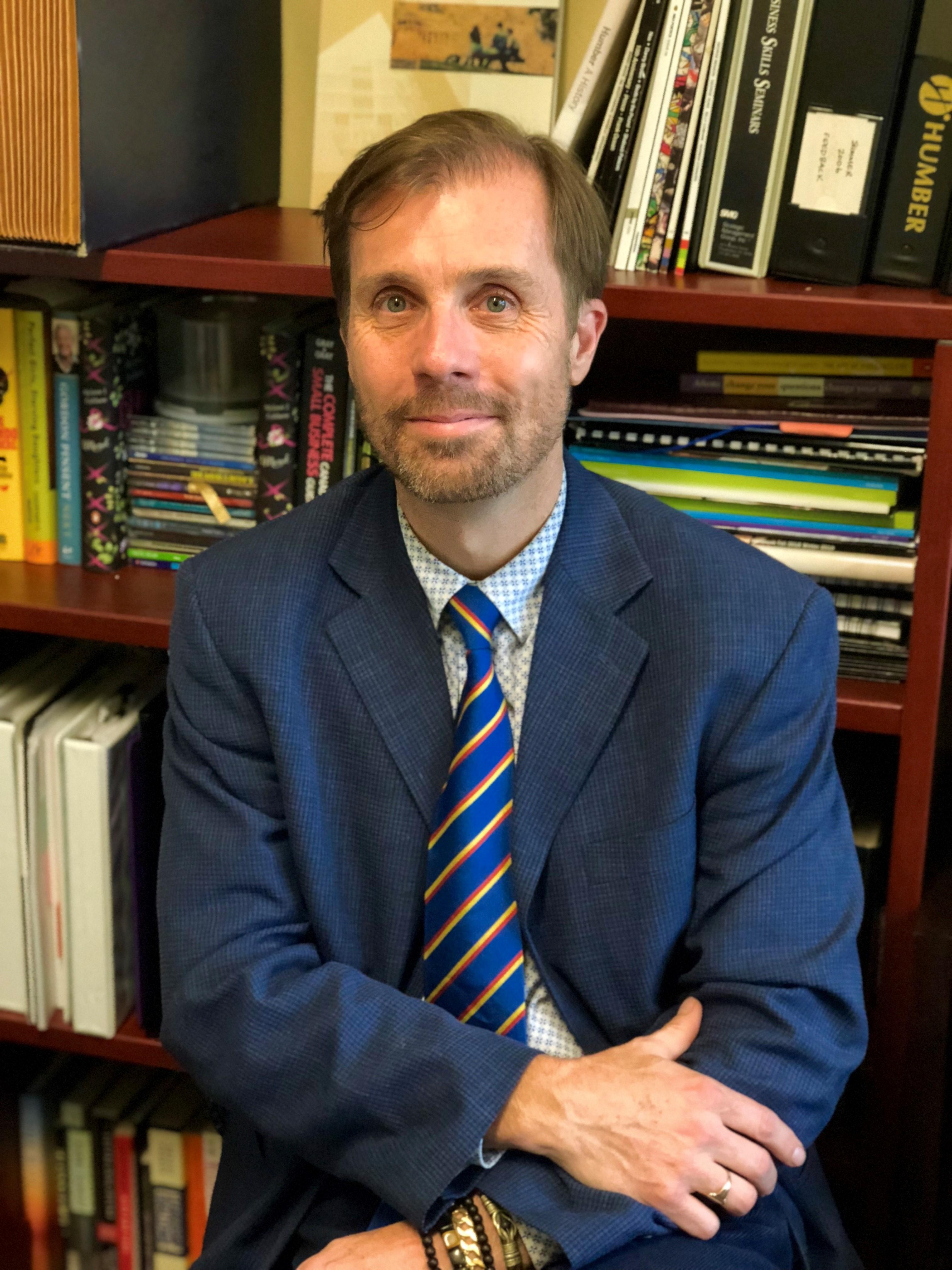 Dr. Andrew Scott